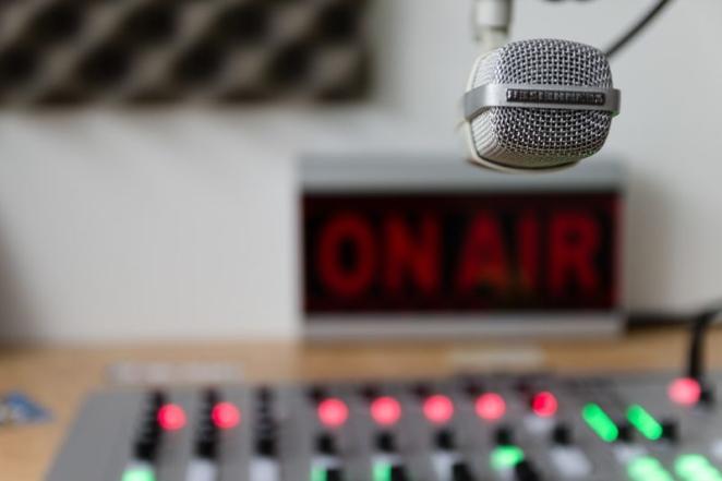 Compartimos el podcast de la tertulia Sociedad Valenciana
